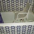 bañera antes de la instalación con silla