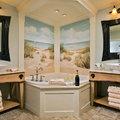 Baño jacuzzi con fresco, mural pintado.
