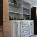 Pintura sobre mueble efecto envejecido