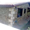 chalet piedra planta baja