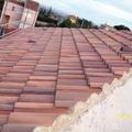colocación de las tejas del tejado