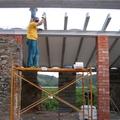 colocación de vigas de techo nuevo
