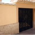 Construcción de cerramiento a parcela y puerta entrada