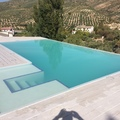 piscina desbordante infinity en Jaen