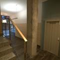 Detalle de escalera y portal