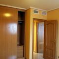 Dormitorio con armario empotrado de piso en Villanueva de Gállego (Zaragoza)