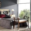 Dormitorio matrimonio cabecero aspas y mesilla aspas