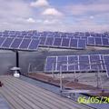 El mismo techo generando energía limpia y silenciosa.