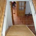 Escaleras en madera de pino