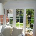 Balconera pvc color blanc, vidre amb barretes interiors