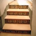 fundido de cuatro escaleras y forradas con plaqueta y tabicas con zenefa