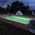 rehabilitación piscinas iluminada