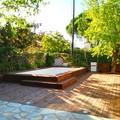 suelo de madera en piscina