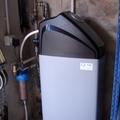 Instalación de descalcificador compacto de 25lts de resina INSOL.