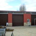Instalacion de puertas seccionales en finca particular