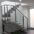 Escalera combinada acero y cristal