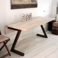 Mesas a medida en maderas macizas.