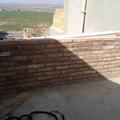 Muro de ladrillos macizos