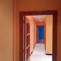 pasillo y recibidor naranja