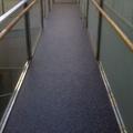 pavimento linóleo rellanos escalera vecinos2