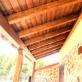 pilares y vigas de madera