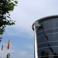 Pintado de una cornisa de unas oficinas de una empresa