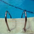 piscina limpia comunidad vecinos