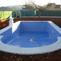 PISCINA RECTANGULAR CON ESCALERA ROMANA