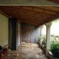 Porche de madera en Teis