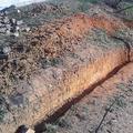 Preparación construcción muro en parterre