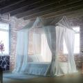 Proyecto, reforma y propuesta de decoración para loft en Madrid.