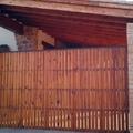 Puerta de entrada a garaje