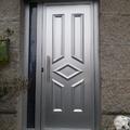 Puerta de entrada vivienda aluminio anodizado