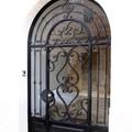 Puerta entrada forjada