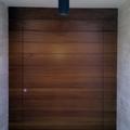 Puerta maciza en Iroko/Roble