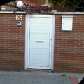 puerta peatonal