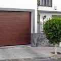 Puerta seccional en aluminio