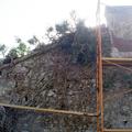 Saneodo de paredes de piedra.