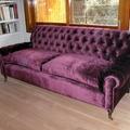 sofa brazos y respaldo capitone