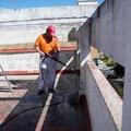 Limpieza y preparación con maquina hidrolimpiadora