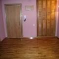 suelo de tarima armario y puertas de paso