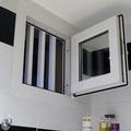 ventana abatible o abisagrada