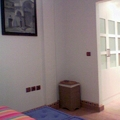 Vivienda unifamiliar en bloque sita en Sevilla. Vestidor 2