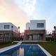 13 villas unifamiliares