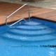Escalera en abanico para piscinas.