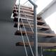 Escalera metálica y madera para acceso a cubierta.