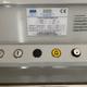 Detalle botonera de salvaescaleras vertical