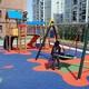 Parque infantil de barrio .