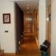 parquet y puertas de madera