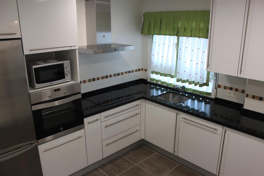 Foto cocina avil s de sigillata 982346 habitissimo - Muebles en aviles ...